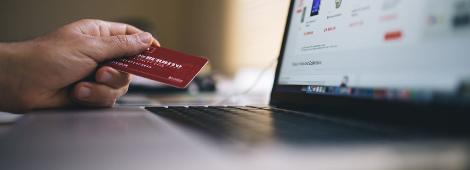 black-friday-buy-credit-card-34577-920x334